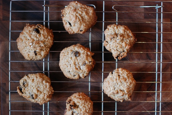 Thick, Chewy Oatmeal Raisin Cookies