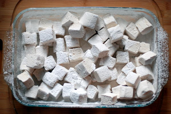 maple-cardamom marshmallows